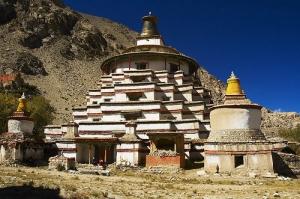 Dölpopa's Great Stūpa at Jomonang, Tibet
