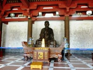 Xuanzang statue