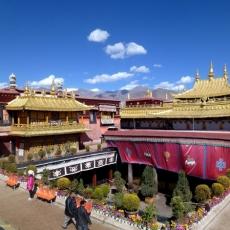 Buddhism in Tibet   Jokhang Monastery